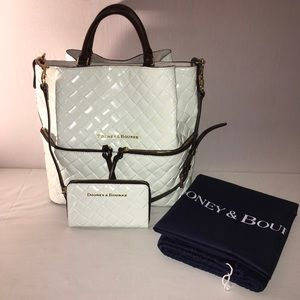 Dooney and Bourke Large Woven Barlow & Wallet